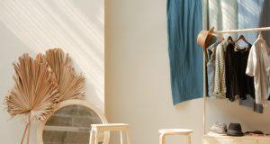 Skrine patria medzi ten nábytok, ktorý skutočne určuje štýl a pôvabnosť celej vašej domácnosti.
