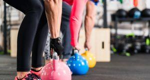 Cvičíme s kettlebellom: Prečo ho zaradiť do tréningového plánu?