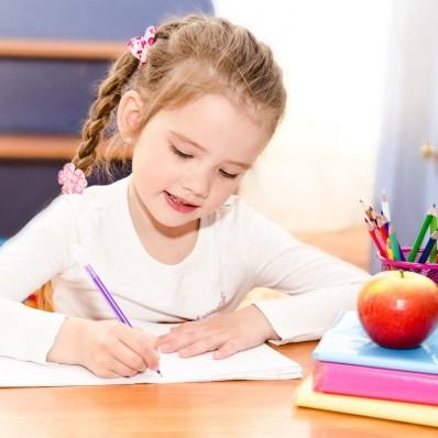 Detské písacie stoly – najvýhodnejšie polohy pre ich umiestnenie